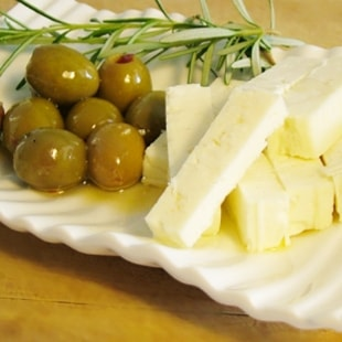 olives&cheese
